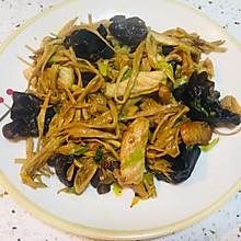家常菜:黄花菜炒肉