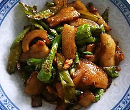 青椒炒猪头肉的做法