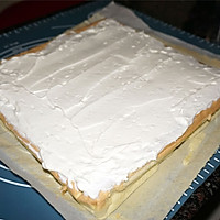 不会开裂的草莓奶油蛋糕卷#松下烘焙魔法学院#的做法图解11
