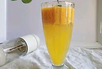 芒果奶昔椰子气泡水#以美食的名义说爱她#的做法
