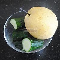 黄瓜梨汁的做法图解1