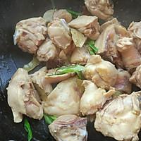 家常土豆焖鸡块的做法图解5