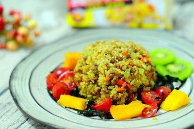 海苔咖喱牛肉炒饭