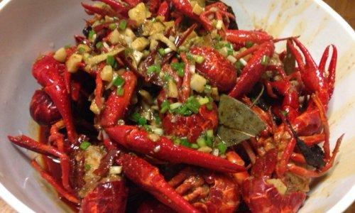 秘制口味虾的做法