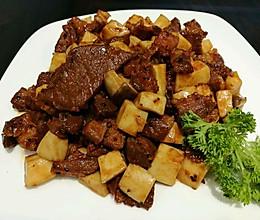 杏鲍菇爆炒澳洲牛柳粒的做法