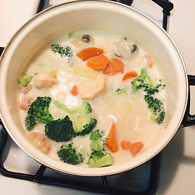 三文鱼奶油炖菜