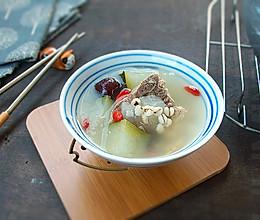 #一人一道拿手菜# 薏米冬瓜排骨汤的做法