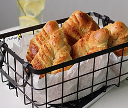 椰蓉叶形面包的做法