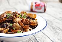 香菇酱炒花蛤的做法