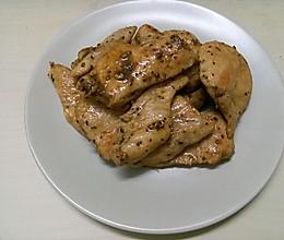 低脂香煎黑椒鸡胸肉减肥餐的做法