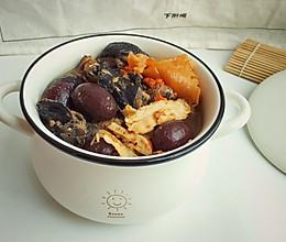 花胶红枣枸杞乌鸡汤的做法