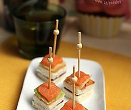挪威三文鱼泡菜迷你三明治的做法