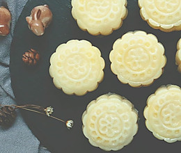 您有一份来自广寒宫的榴莲冰皮月饼请签收!的做法