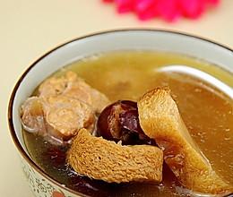 猴头菇骨头汤的做法