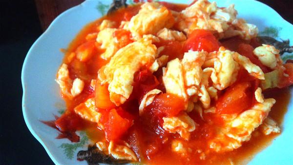 最爱下饭菜——西红柿炒蛋的做法