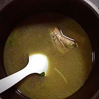 红枣枸杞滋补鸡汤电压力锅的做法图解5