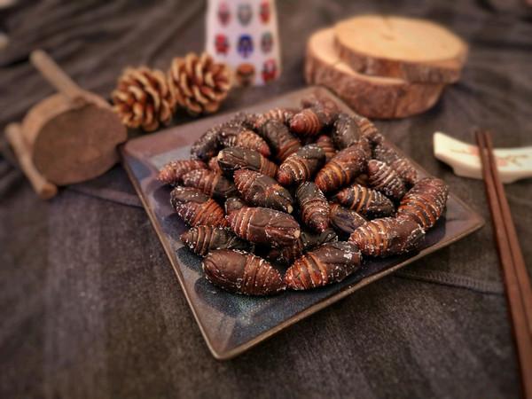 清水煮蚕蛹的做法