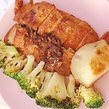 #餐桌上的春日限定#㊙️怎么煎都不老的蒜香鸡胸肉