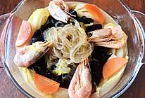 娃娃菜经典做法:娃娃菜鲜虾粉丝煲的做法