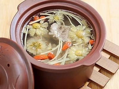 枸菊排骨汤的做法