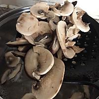 香菇鸡肉粥的做法图解6