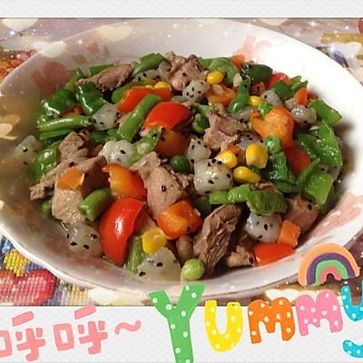 火龙果炒鸭肉