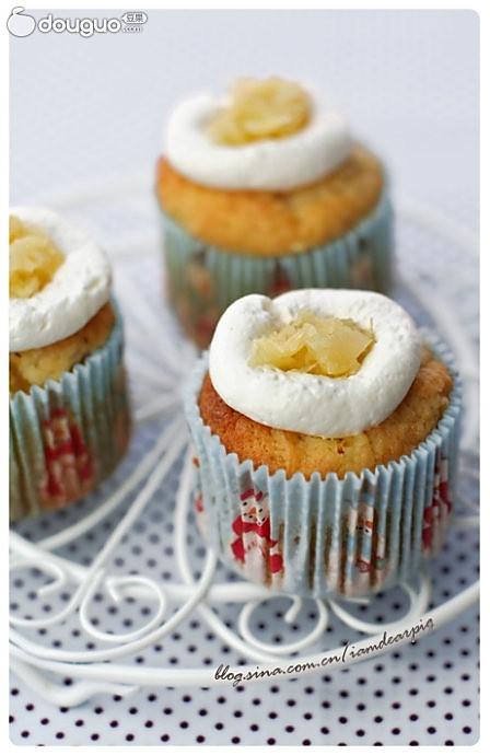椰香菠萝杯子蛋糕的做法