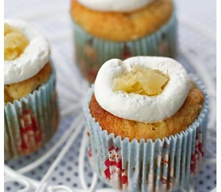 椰香菠萝杯子蛋糕