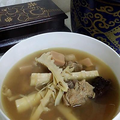 笋干老鸭汤