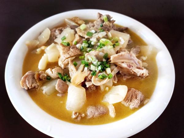 酸萝卜老鸭汤的做法