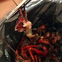 爆辣小龙虾(最详细小龙虾清理)的做法图解2