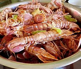 皮皮虾来了 清蒸皮皮虾 还有剥出完整虾肉小窍门的做法