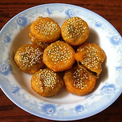 爽口红薯豆沙饼。(附红薯豆沙糯米糍)