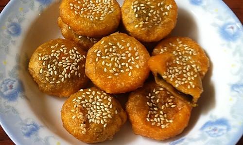 爽口红薯豆沙饼。(附红薯豆沙糯米糍)的做法