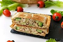 风味鸡肉黄瓜三明治的做法