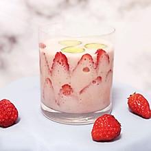 酸奶草莓汁