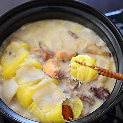 火的不得了的椰汁榴莲煲鸡