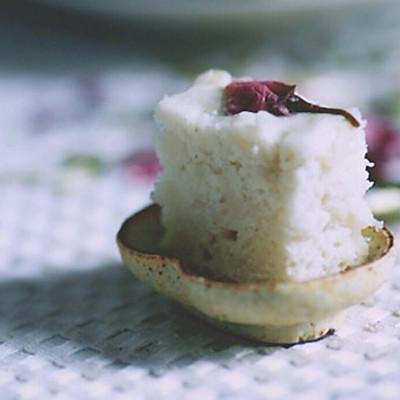 椰青樱花糕