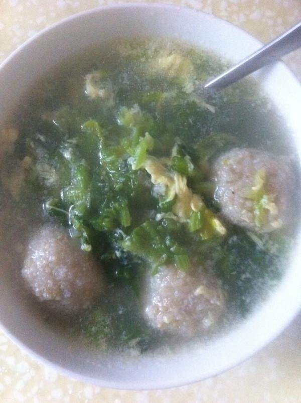 黄花鱼丸子汤的做法