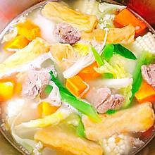 #美食视频挑战赛#奶白排骨汤涮火锅