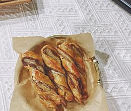 蒸烤箱美食【手抓饼红豆沙扭扭酥】的做法
