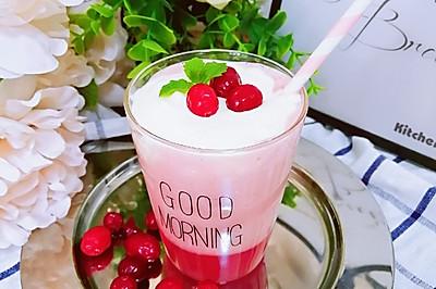 蔓越莓桃汁奶盖茶