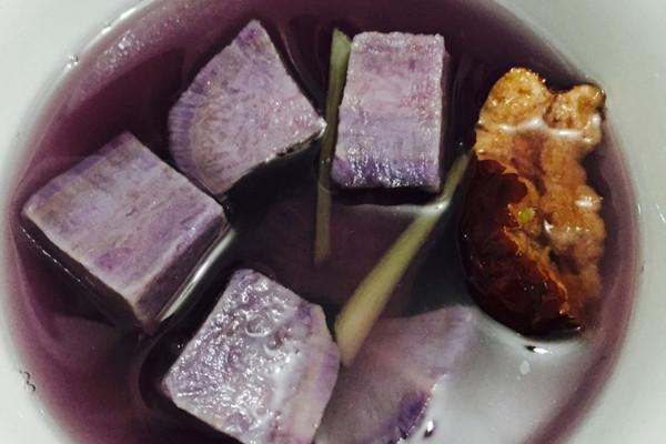 紫薯姜丝红枣糖水的做法