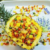 热带风情的菠萝炒饭