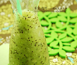 芦荟猕猴桃冰沙的做法