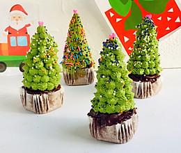 圣诞树纸杯蛋糕的做法