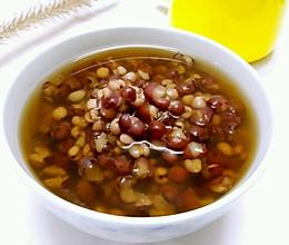 不用浸泡的一小时内就能喝的红豆薏米糖水的做法