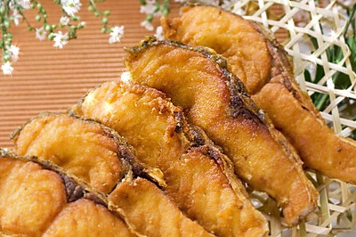 香酥炸鱼块
