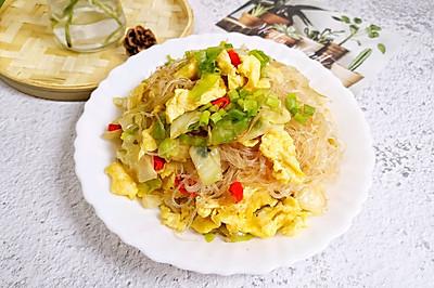 超级下饭的一道家常菜【圆包菜炒粉丝】