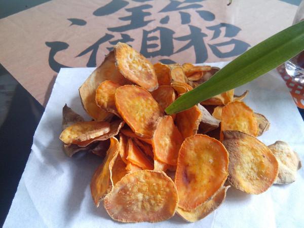 瘦身零食--烤红薯片的做法